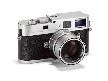 LEICA M MONOCHROM SILVER 全片幅黑白單色調相機,銀色機身全新登場