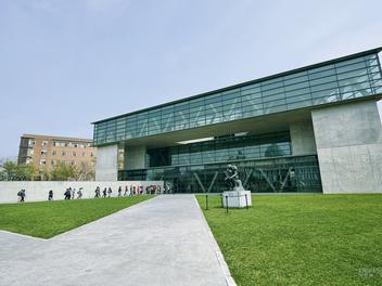 攝影景點分享:亞洲大學.亞洲現代美術館