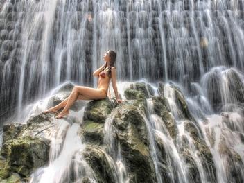 粉絲特輯:抓住夏天尾巴 跟著美少女們去玩水