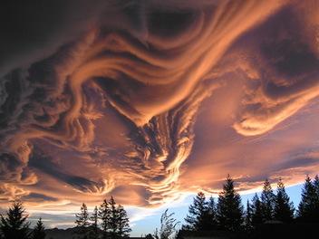 縮時攝影 下的 波狀粗糙雲 ,欣賞在天空上的驚濤駭浪秀