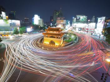 新竹 攝影 私房 景點 分享:新竹之心 東門城街拍