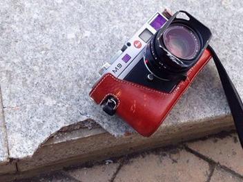 萊卡M9從四樓掉下來砸壞花崗岩,相機卻安然無恙