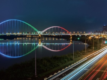 【新月橋】橫跨大漢溪的天空步道