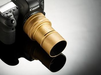 向光學歷史致敬:Lomography Daguerreotype Achromat 2.9/64