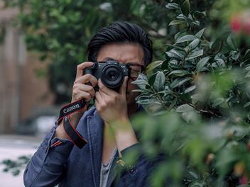 喝杯咖啡,一起跟著攝影師大叔Charles透過鏡頭探訪北越人文之美