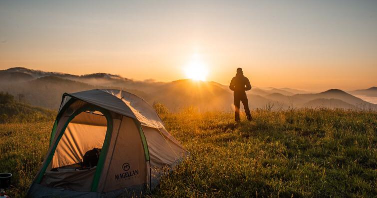 【戶外生活】全國三級警戒延長至7/12,台灣兩大露營平台修正疫情相關退費、延期公告